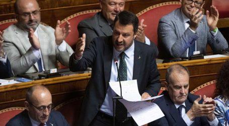 Salviniju pala popularnost nakon izazivanja političke krize