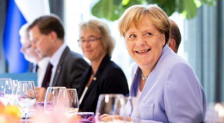 Angela Merkel dobila 17. počasni doktorat