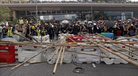 Hongkongška policija ispalila suzavac na prosvjednike