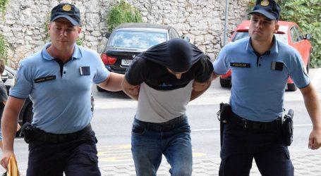 Osumnjičenima za prenošenje 341,8 kg marihuane mjesec dana pritvora