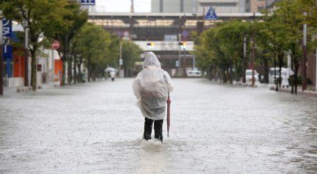 OLUJA U JAPANU: Jedna osoba poginula, 810.000 ljudi dobilo naredbu za evakuaciju