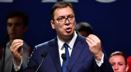 """Vučio otvorio dionicu autoceste Beograd- Čačak, rekao da je to """"veliki dan za Srbiju"""""""