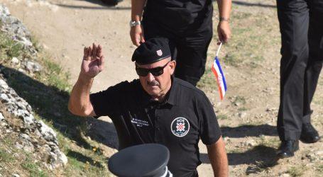 Policija neće podnijeti prekršajne prijave zbog uzvika 'Za dom spremni' usred Knina