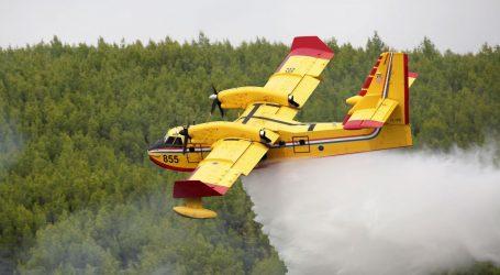 U požaru na području Galovca izgorjelo 15 hektara šume, vatra pod nadzorom