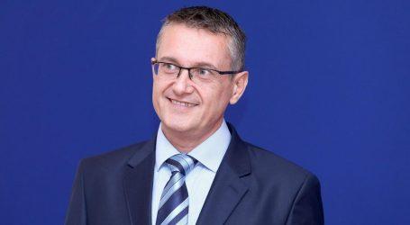 """BEUS RICHEMBERGH: """"Hrvatske katolike vode neobrazovani i šovinistički biskupi"""""""