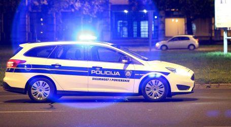STRAVA U CENTRU OTOČCA: BMW-om na pločniku udario trudnicu s bebom u naručju