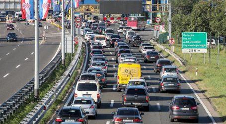 Kilometarske kolone na hrvatskim cestama, prometne nesreće usporavaju vožnju