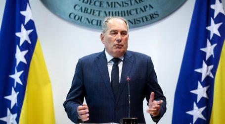 MEKTIĆ 'Hrvatska narušava teritorijalni integritet BiH vraćajući migrante'