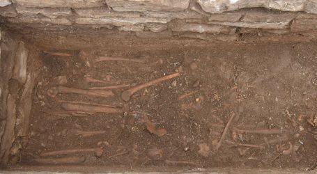 Talijanu prijava zbog otuđenja ljudske kosti na Pagu