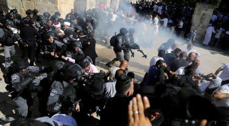Sukobi izraelske policije i muslimanskih vjernika na Brdu hrama u Jeruzalemu