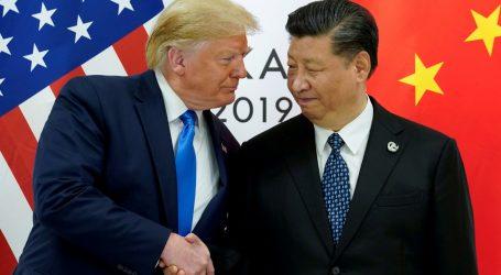 Trump potvrdio da Kina raspoređuje snage na granici s Hong Kongom, pozvao na mirno rješenje