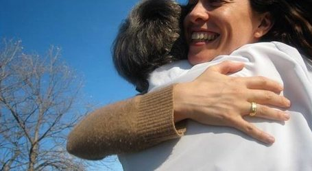 Alanis Morissette u 45. godini rodila sina Winter Mercyja