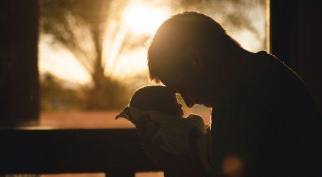 I očevi mogu patiti od postnatalne depresije