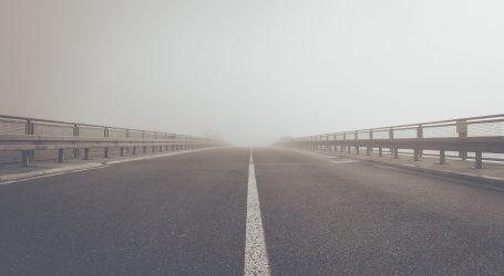 Magla smanjuje vidljivost, na autocesti A1 požar na vozilu i prometna nesreća