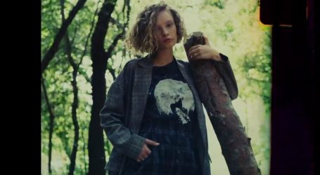 VIDEO: Ove jeseni se vratio i lagani grunge look