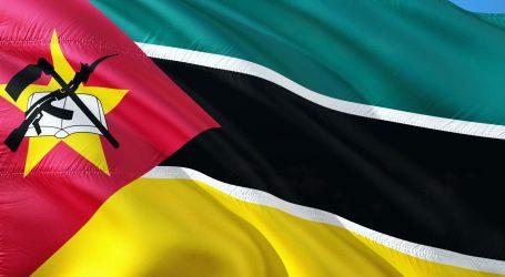 Zastavu najviše mijenjali SAD i Afganistan, Mozambik na svojoj uz knjigu ima i kalašnjikov