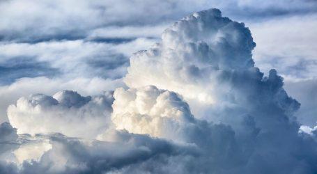 Oblačno sa sunčanim razdobljima, moguće malo kiše