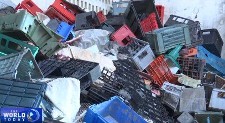 VIDEO: Kubanska tvrtka reciklira plastiku za građevni materijal