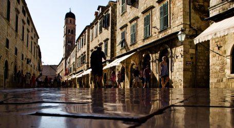 KAKO NAS SEZONA NEĆE SPASITI: Iluzija o uspjehu: Hrvatska turistička obmana
