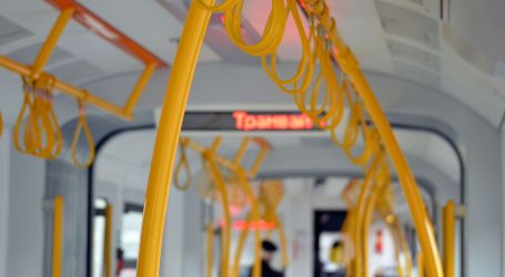Štrajk upozorenja: Vozači zaustavljaju autobuse na 15 minuta