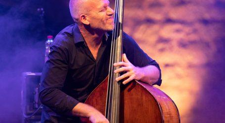 Velikan jazza Avishai Cohen sa svojim triom 25. rujna u Zagrebu