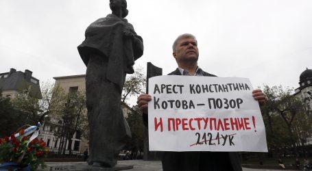 Rusi glasaju na izborima obilježenim valom prosvjeda