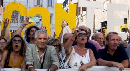 Novu koalicijsku vladu ne podržava 52 posto Talijana