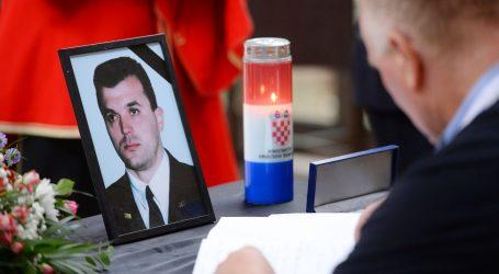 Komemoracija preminulom komodoru Ivici Toliću: Otišao veliki domoljub