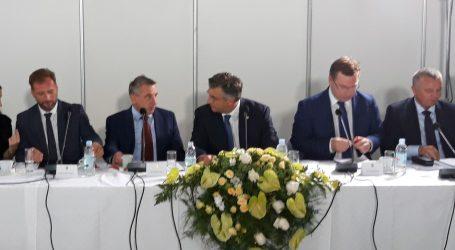 """PAVIĆ """"Projekt 'Slavonija' je realan i podiže kvalitetu života"""""""