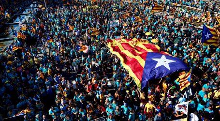 Katalonci proslavili nacionalni dan: Na ulicama Barcelone 600.000 osoba, najmanje od 2012. godine