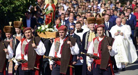 Blagdan sv. Mihovila u Trilju, u procestiji i na misi i predsjednica Grabar-Kitarović