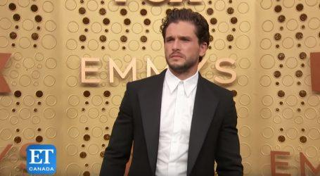 VIDEO: Muški outfiti na crvenom tepihu večeri Emmy