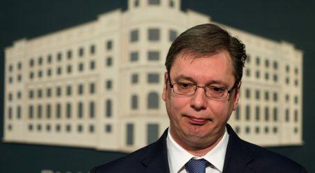 """VUČIĆ """"Hrvati, ne optužujte Pupovca što Srbija nije zgažena"""""""