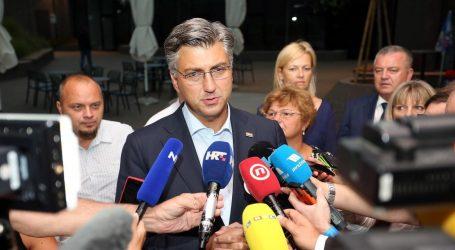 Plenković podržava da radni tjedan u školama počinje intoniranjem himne