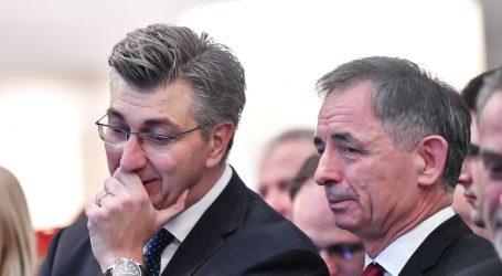 """PUPOVAC ODLAZI IZ VLADE? Plenković """"Nismo sada uopće u toj fazi"""""""