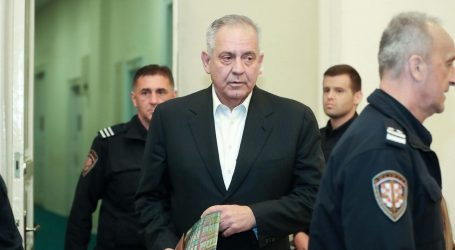 Suđenje u aferi INA-MOL nastavlja se bez Sanadera, koji ustraje na operaciji koljena