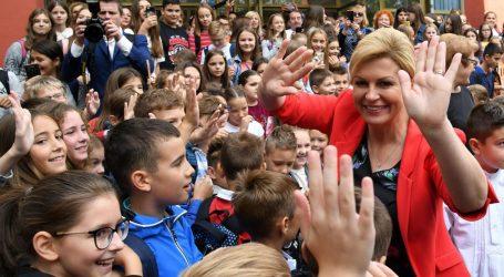 Predsjednica posjetila sesvetsku gimnaziju i osnovnu školu