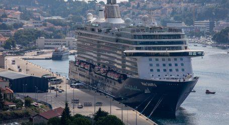 Dubrovnik od 2021. uvodi turističku pristojbu za kruzere