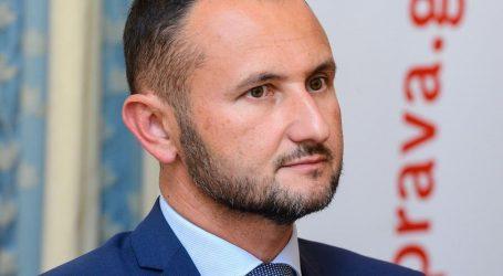 Šefa APIS-a optužuju da na natječajima pogoduje svojoj bivšoj tvrtki – Hrvatskom Telekomu