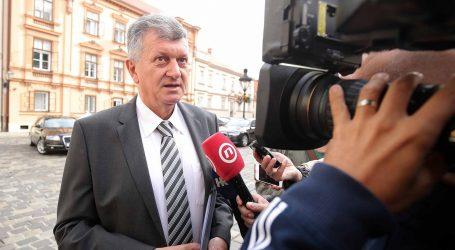 VLADA: Odbačen prijedlog za pokretanje pitanja povjerenja ministru Kujundžiću