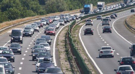Pojačan promet na gradskim prometnicama, na zagrebačkoj obilaznici koloma tri kilometra