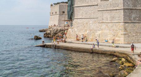 More na dubrovačkom kupalištu Porporeli onečišćeno fekalijama