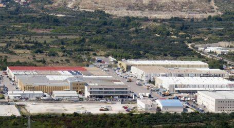 Požar na Trgovačko transportnom terminalu Split