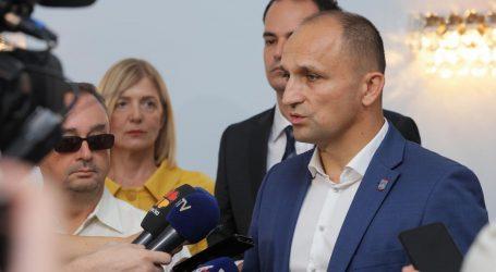 """ANUŠIĆ: """"Izborni stožer Predsjednice počinje raditi u rujnu"""""""