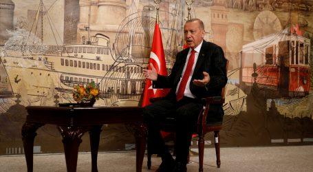 Turska naredila uhićenje 223 pripadnika vojske zbog sumnje na povezanost s Gulenom