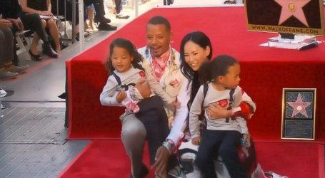 VIDEO: Terrence Howard uz obitelj na Šetalištu slavnih