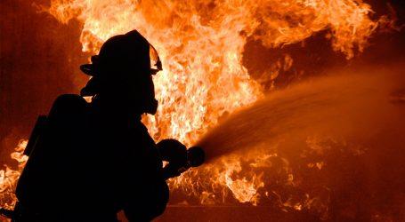 Veliki požar u francuskoj tvornici u Rouenu