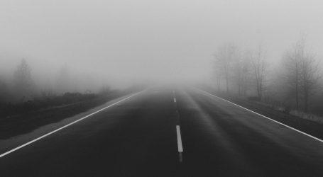 Magla smanjuje vidljivost, vjetar otežava vožnju na magistrali