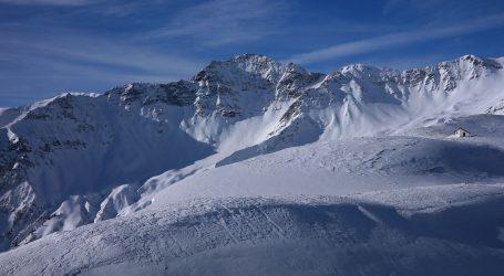 Klimatski aktivisti opraštaju se od švicarskog ledenjaka