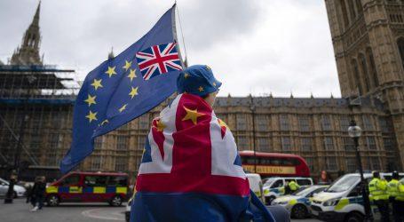 Johnson će tražiti izbore odbije li parlament ubrzanu proceduru za usvajanje zakona o brexitu